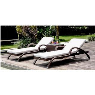 Garden furniture set in rattan